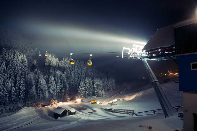 Book night skiing in Borovets